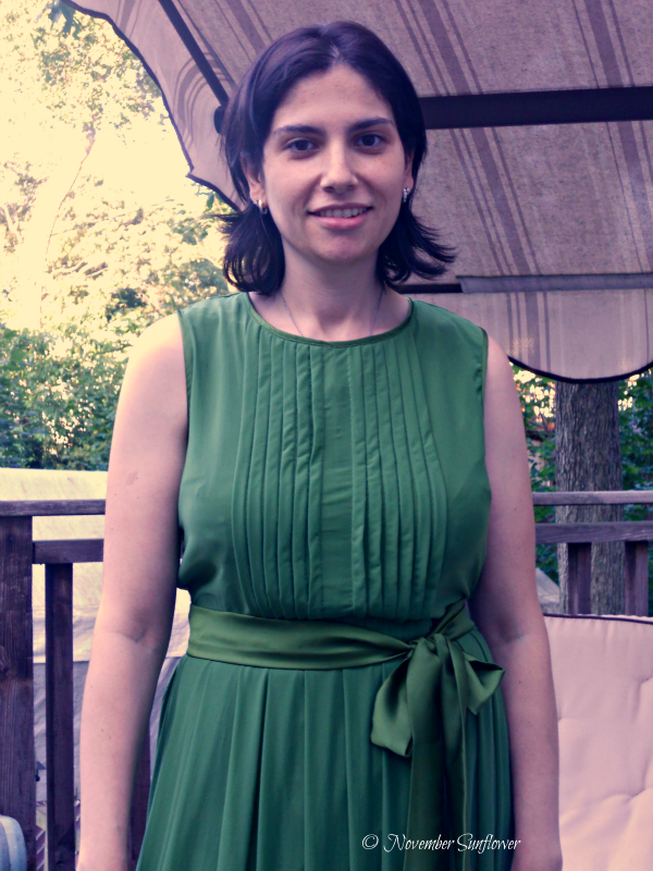 eshakti Bloom Dress in Green
