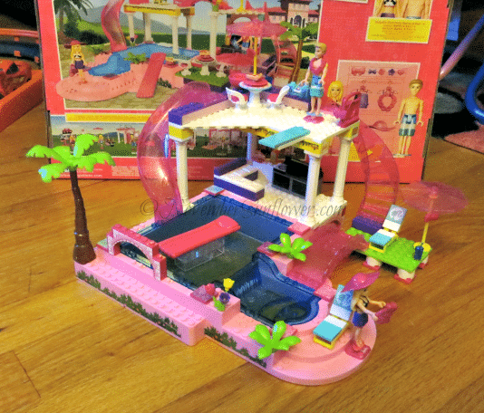 Mega Bloks Barbie Pool