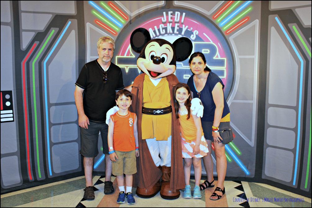 Jedi Mickey Star Wars Dine
