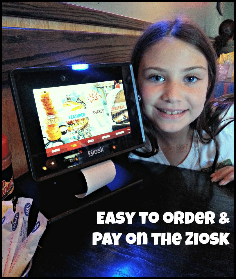 easy to order and pay on the ziosk at Red Robin #redrobin #restaurantreview #gourmetburgers