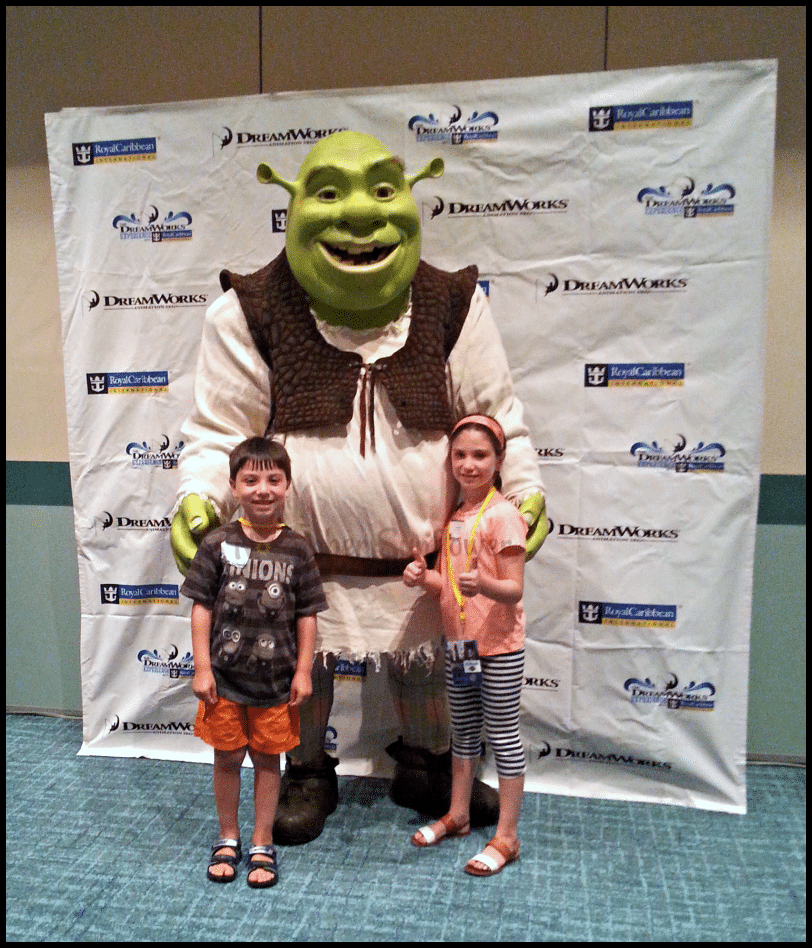 Shrek at Family Forward #familyforward #shrek #royalcaribbean #sponsored #universalmoments