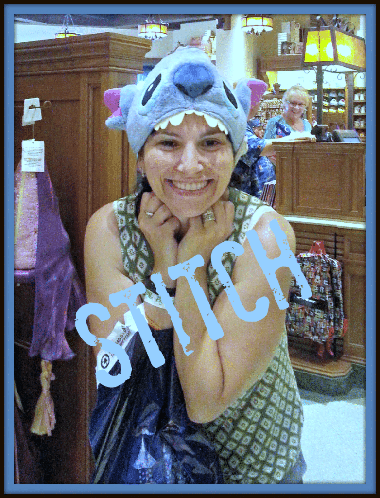 Stitch at Disneyland #disneyland #stitch #disneyside #diamondcelebration