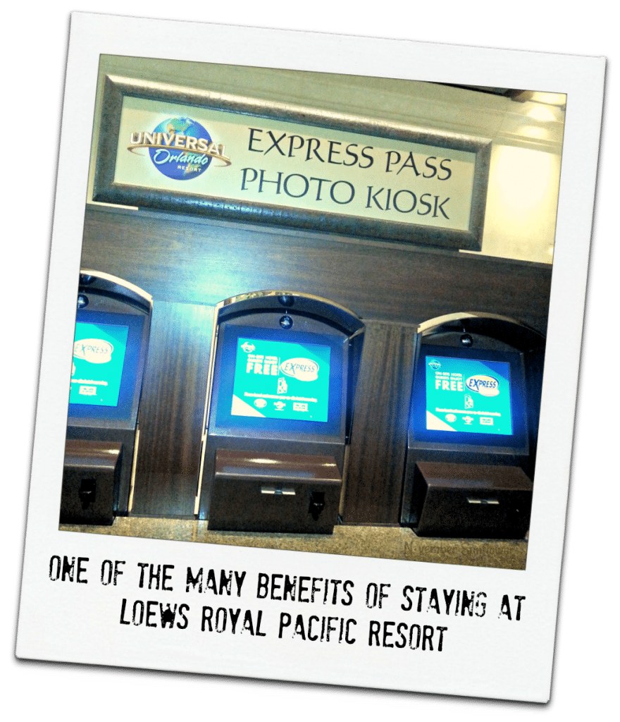 Universal Studios Express Pass kiosk #travel #uinversalmoments #universalstudios #loewsroyalpacific #travelreview
