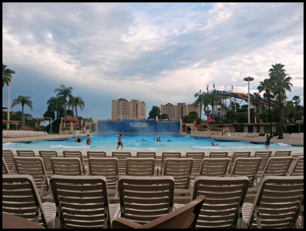 Wet 'n Wild Orlando #wetnwildorlando #amusementpark #orlandotravel #travelwithkids #familyforward