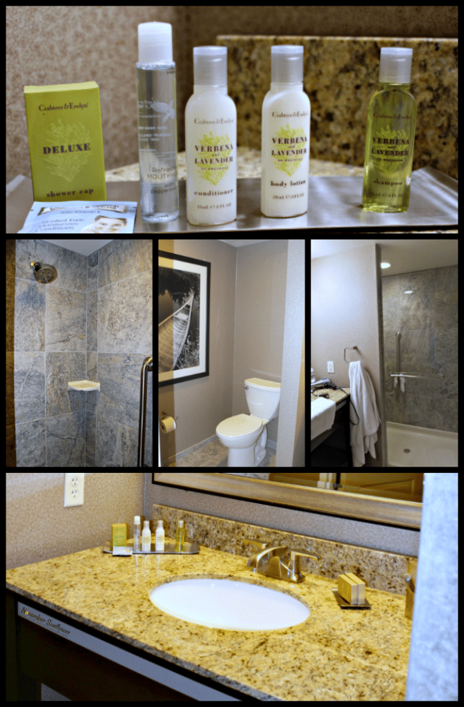 The Strathallan Hotel Bathroom