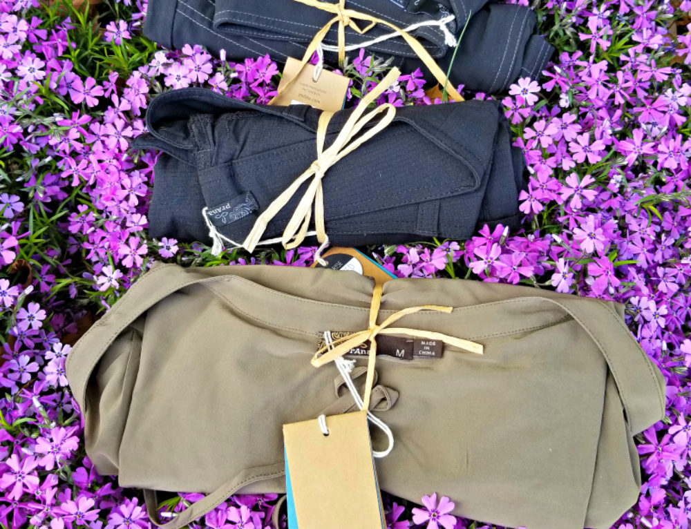 Packing prAna clothes in my travel bag