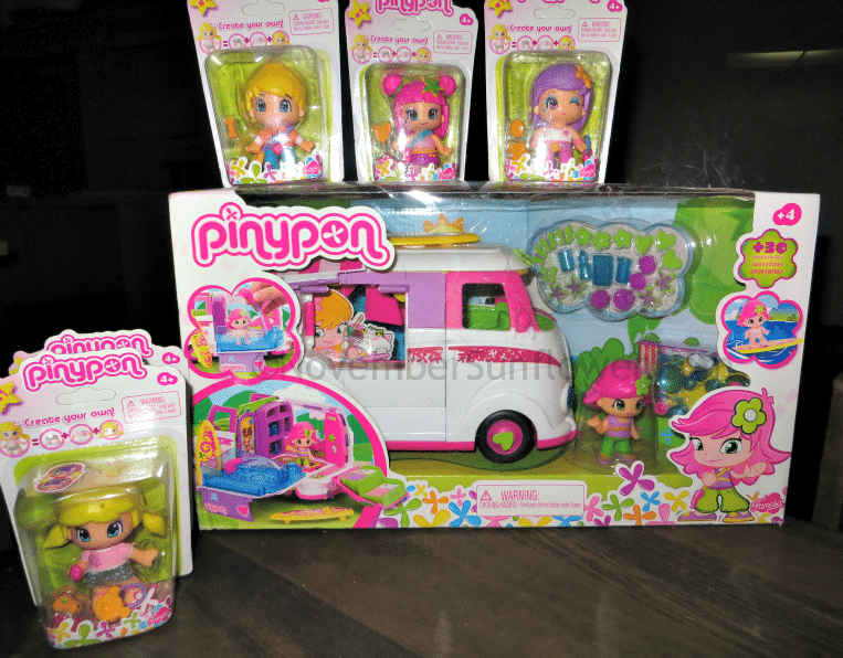 Pinypon Caravan and Dolls