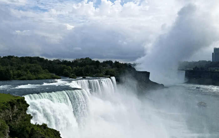 Explore Niagara Falls New York with family